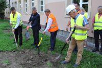 Czytaj więcej: Rozpoczęcie budowy sali gimnastycznej w Brzozowej